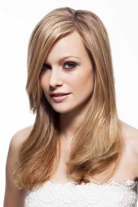 Sarışın düz uzun saç modeli