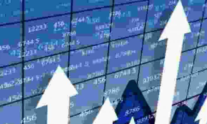Borsa Zirveye Çıktı! Dolar Yükselişe Geçti