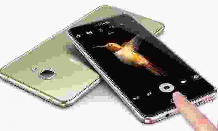 Samsung Galaxy A9 Pro çıkarılır pil ile gelecek