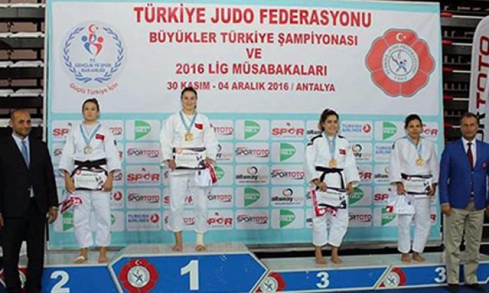 Gerze Judo'da 3. Oldu