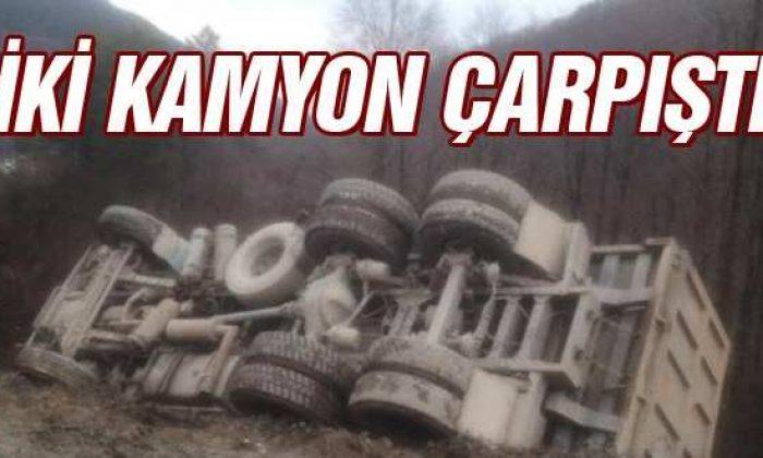 Türkeli'de İki Kamyon Çarpıştı; 1 Yaralı Var