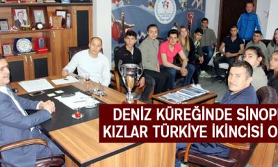 Deniz küreğinde Sinoplu kızlar Türkiye ikincisi Oldu