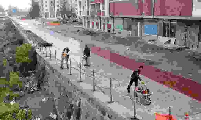 Bisiklet ve yürüyüş yolunda çalışmalar sürüyor