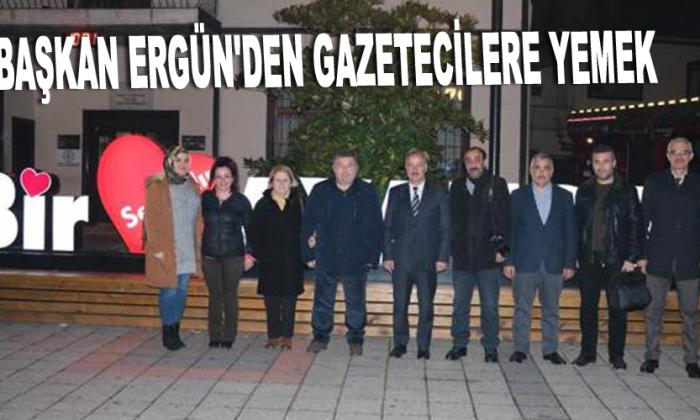 Başkan Ergün'den gazetecilere yemek