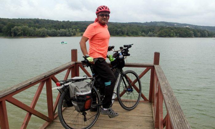 Bisikletiyle Arabistan'dan Sinop'a geldi