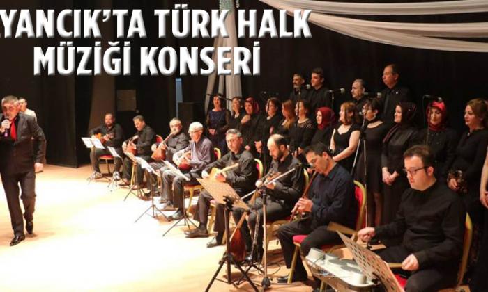 AYANCIK'TA TÜRK HALK MÜZİĞİ KOROSU KONSERİ