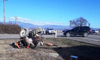 Traktörle Kamyon Çarpıştı, 1 Ağır Yaralı