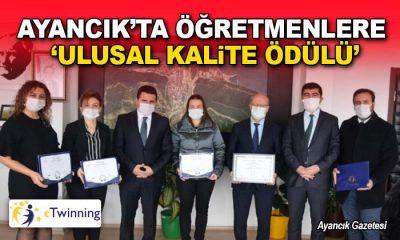 """Cumhuriyet İlkokulu Öğretmenleri """"Ulusal Kalite Etiketi"""" Aldı"""